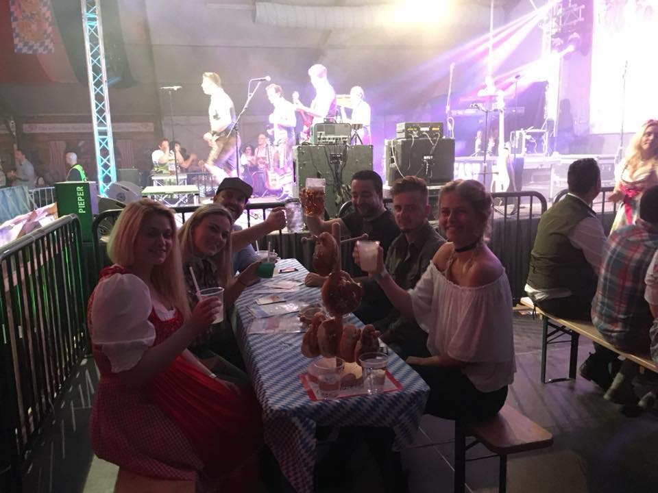 Oktoberfest_Jülich_2017_cocktail-box_1