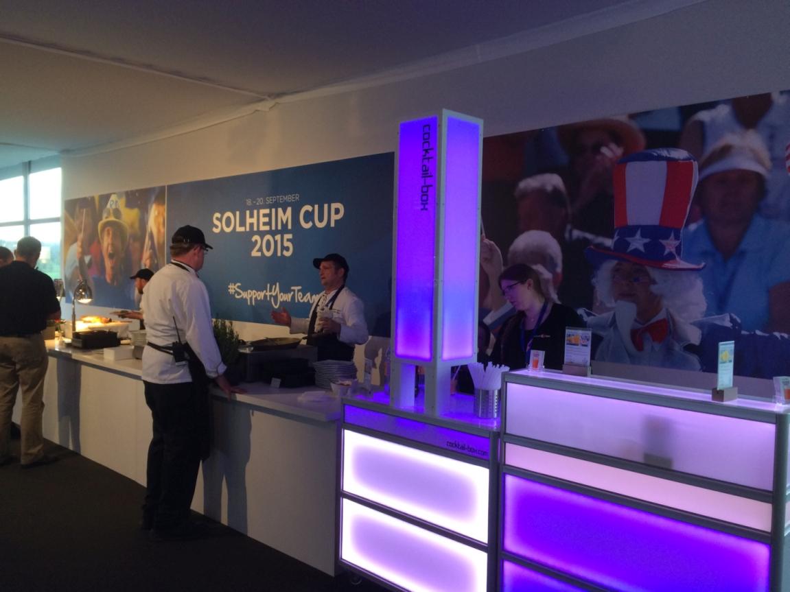 cocktail-box-die-Cocktailmaschine-mobile-Cocktailbar-Solheim-Cup21