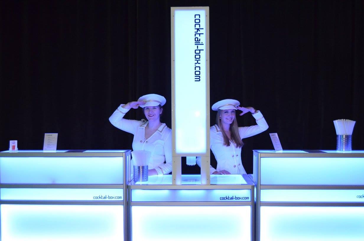 cocktail-box.com_die-Cocktailmaschine_Cocktailbar_12_15_Offiziere